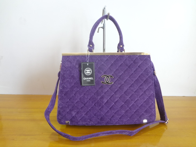 astuces pour ranger les sacs main achat sac a main de luxe. Black Bedroom Furniture Sets. Home Design Ideas