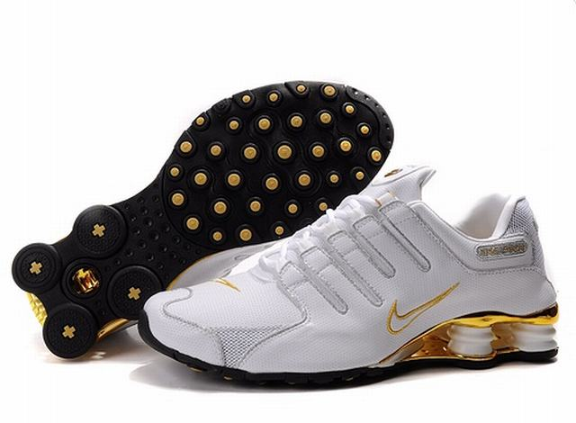 Nike Shox Rivalry Blanc Et Or